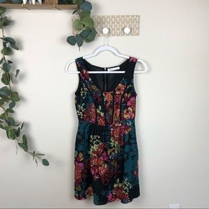 Kenzie floral sleeveless dress black piping a-line